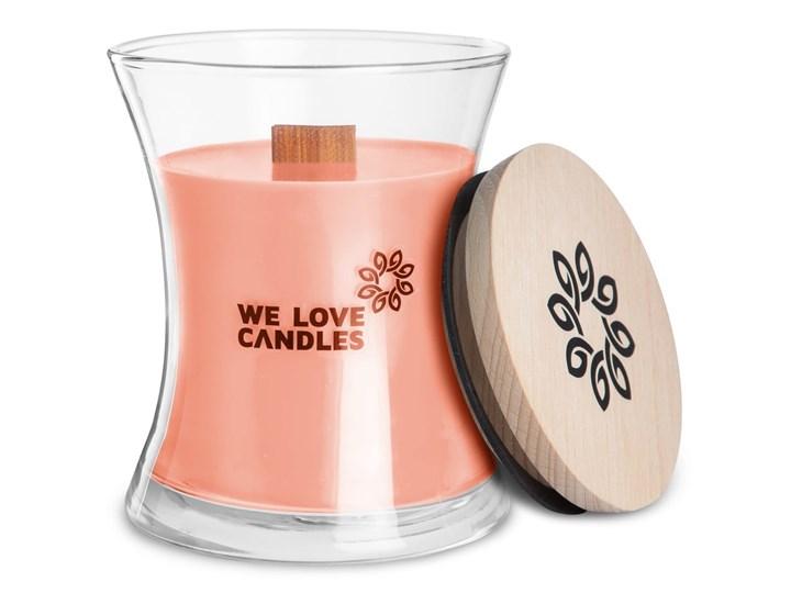 Świeczka z wosku sojowego We Love Candles Rhubarb & Lily, czas palenia 64 h