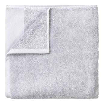 Jasnoszary bawełniany ręcznik kąpielowy Blomus, 70x140 cm