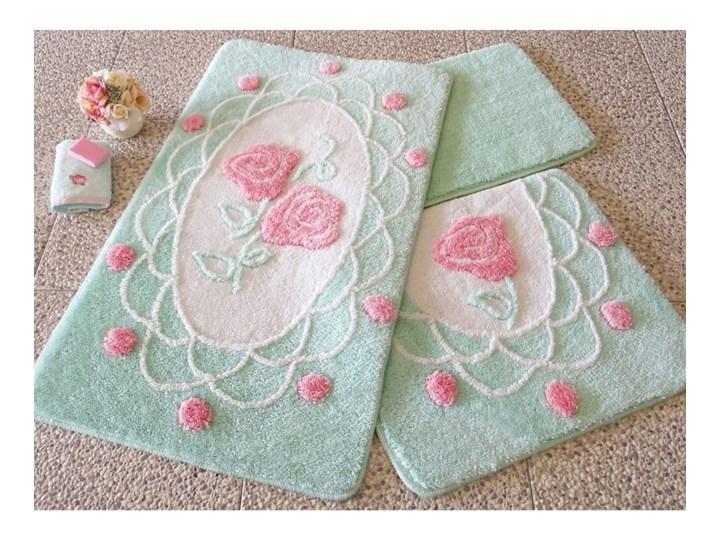 Zestaw trzech zielonych dywaników łazienkowych z motywem róż Knit Knot