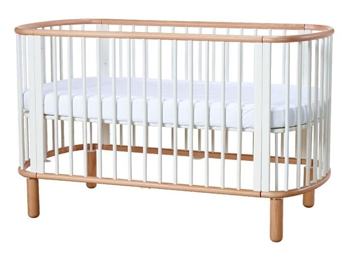 Białe łóżeczko dziecięce z drewna bukowego Flexa Baby, 70x140 cm Drewno Łóżeczka drewniane Kolor Biały Kategoria