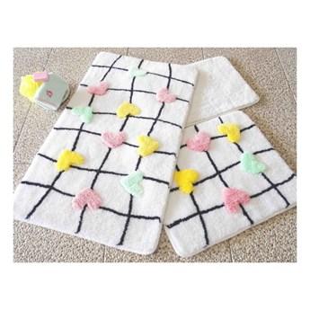 Zestaw 3 dywaników łazienkowych Hearts