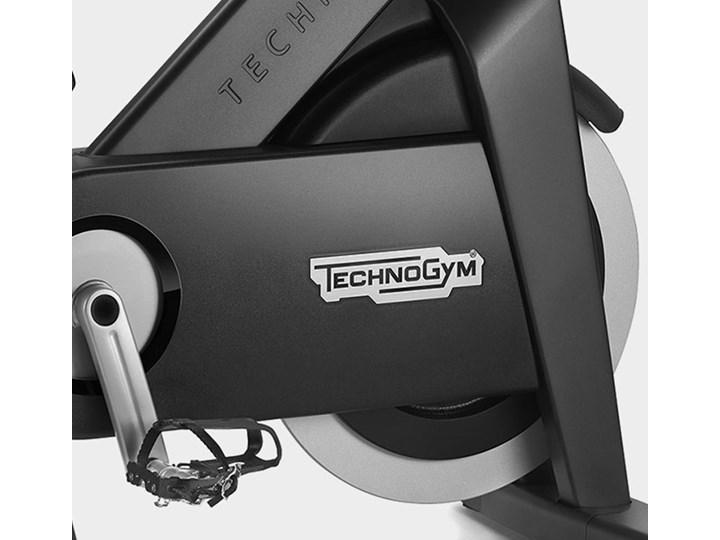 TECHNOGYM BIKE - Licencja Revolution i 1Rebel 12 miesięcy / Hantle 1,5 kg Kategoria Rowerki stacjonarne