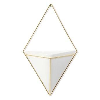 Biała ceramiczna doniczka wisząca z konstrukcją w kolorze złota Umbra Trigg