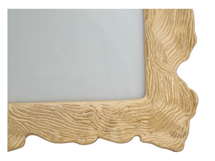 Ramka na zdjęcie w kolorze złota z motywem fal Mauro Ferretti, 27x31,5 cm Ramka na zdjęcia Kolor Złoty Rozmiar zdjęcia 20x25 cm